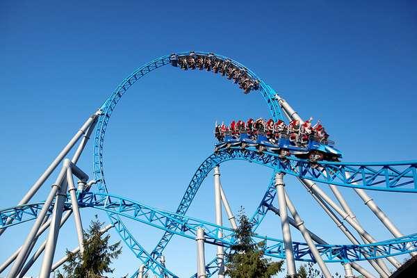 Europa-Park, Rust, Alemanha: este é o segundo parque mais visitado da Europa, atrás apenas da Disneyland de Paris. Com um tamanho de 90 campos de futebol, o parque foi inagurado em 1970 e, desde então, é gerido pela família Mack, famosa no ramo de construtures de montanhas-russas desde 1921. O parque conta com diversas montanhas-russas, como a Euro-Mir e a Atlantica Super Splash