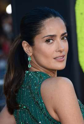 "Salma Hayek's deep dark secret is having a purification system that consists of a combination of juices that clean out the digestive track and with a higher concentration of vitamins to improve health. ""Our modern lifestyle brings a lot of stress and toxins in our body, so it is important to eliminate them."""