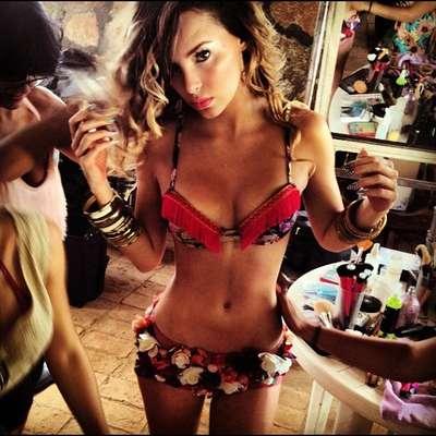 """El seductor atuendo que utilizó Belinda para contar su picante historia en el clip del tema """"En El Amor Hay Que Perdonar"""", nos bastó para elegirla como la protagonista del video sexy de la semana. Gocen con las imágenes de la caliente producción."""