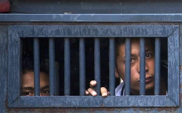Con la captura de 40 supuestos integrantes de una banda de sicarios y extorsionistas afiliada a la Mara Salvatrucha, la mayoría de ellos miembros de una misma familia, por parte de las fuerzas de seguridad de Guatemala, este grupo pareciera estar en vías de extinción. (Con información de EFE).