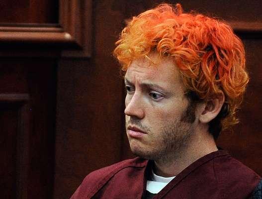 Después de la tragedia en el cine de Aurora, Colorado, en el que James Holmes asesinó a 12 personas, uno de los más fuertes debates gira en torno a la legislación con respecto al porte de armas en Estados Unidos. (Con textos de AFP)