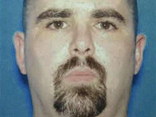 Wade Michael Page tiene 40 años y sería el único culpable del tiroteo del domingo 5 de agosto en el templo sij en Wisconsin, que dejó a siete personas muertas (incluido el supuesto autor) y tres heridos graves.