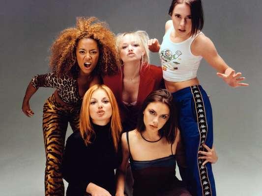 """El """"girl power"""" revivió con fuerza y color en la clausura de los Juegos Olímpicos de Londres 2012, ocasión para la que las integrantes de Spice Girls se reunieron especialmente. Causaron furor y el jucio unánime es que Posh, Baby, Ginger, Sporty y Scary están más bellas que nunca. Viajamos en el tiempo para recordar algunas imágenes de sus inicios."""
