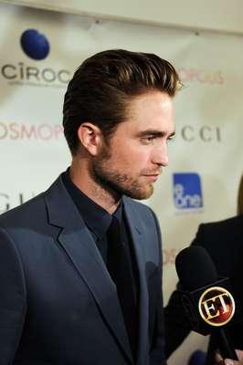 A casi un mes de que Kristen Stewart reconociera públicamente haberle sido infiel a Robert Pattinson, el actor finalmente dio la cara.