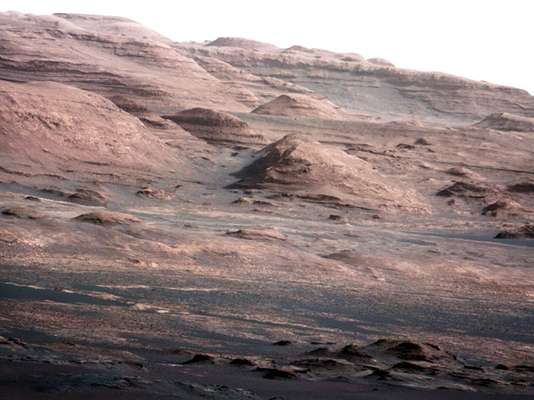 """La voz de un ser humano surcó por primera vez los cielos desde Marte a la Tierra, y aunque no era una """"presencia humana física"""", ha supuesto un hito más dentro de la misión del explorador Curiosity, que lleva ya más de veinte días en el planeta rojo."""
