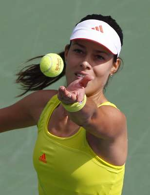Ana Ivanovic of Serbia serves to Elina Svitolina of Ukraine during their women's singles match at the U.S. Open tennis tournament in New York August 28, 2012. REUTERS/Jessica Rinaldi (UNITED STATES - Tags: SPORT TENNIS)