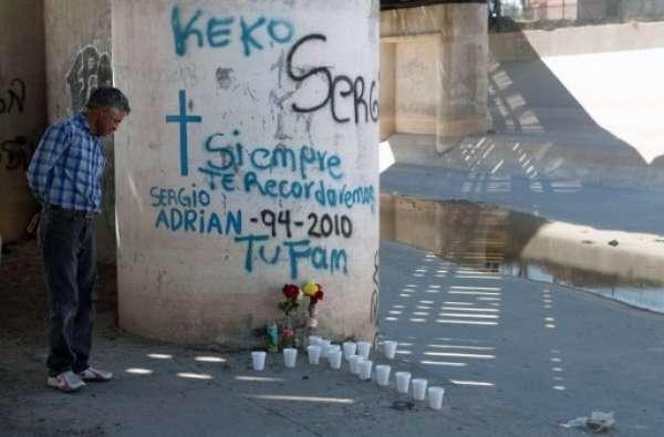 La ciudad fronteriza con Estados Unidos de Ciudad Juárez, en el centro de la guerra de los carteles de la droga, está considerada como una de las más peligrosas de México. (Fuente textos: BBC MUNDO)