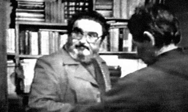 Abimael Guzmán durante la captura en la casa de Surquillo