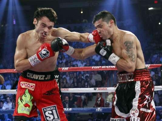 En los primeros rounds, Maravilla logró hacerle daño al Junior.