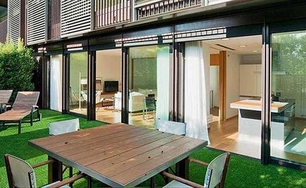 Lionel Messi prepara la mudanza a su nueva casa barcelonesa, en el acomodado barrio de Pedralbes. El astro se instalará allí con su novia Antonella Rocuzzo y el niño que esperan.