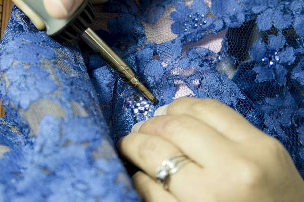 Renata Lozano es una marca que más que vender prendas vende un estilo de vida. Por eso crea todos los elementos necesarios para un closet completo.