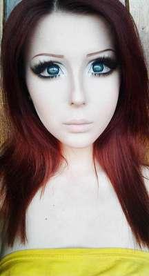 Depois de Valeria Lukyanova, a garota que ficou famosa na web por ser muito parecida com a boneca Barbie, surge Anastasiya Shpagina, uma ucraniana que fez de tudo para alcançar a aparência das garotas das histórias em quadrinho japonesas
