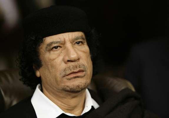 Nuevas pruebas sobre el asesinato del dictador libio Muamar Gadafi, a manos de milicianos rebeldes y de la ejecución de decenas de sus partidarios, plantean interrogantes sobre las circunstancias de su muerte, ha indicado Human Rights Watch (HRW). (Este galería incluye una FOTO EXPLCITA)