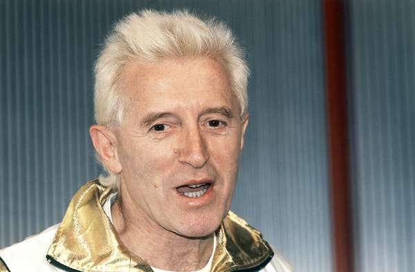 La mayor cadena británica de medios de Inglaterra, BBC de Londres, se encuentra en medio de un escándalo luego de que se develaran en las últimas semanas acusaciones de abuso sexual en contra de una de sus máximas figuras estelares, Jimmy Savile, quien falleció a los 84 años de edad en octubre del 2011.
