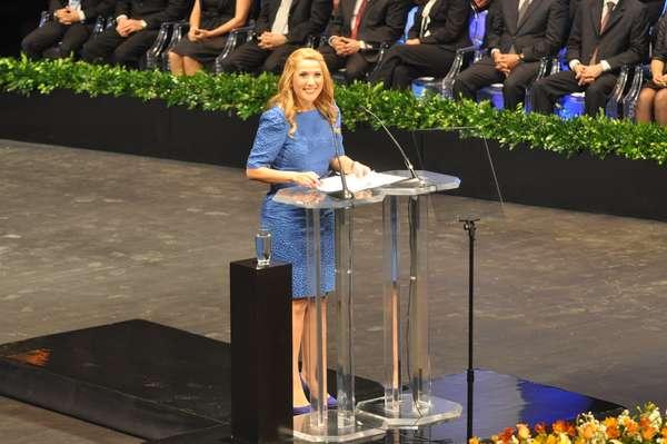 Por vez primera desde su fundación el 20 de septiembre de 1596, la ciudad de Monterrey será gobernada por una mujer. Margarita Arellanes Cervantes rindió esta noche protesta como Alcaldesa para el período 2012-2015