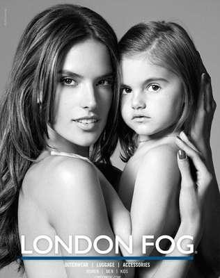 """La hija de Alessandra Ambrosio, Anja, 'se roba todas las miradas """", cuando posa junto a su madre por primera vez en una nueva campaña de ropa"""