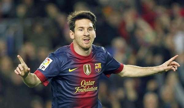 Barceloa continúa intratable; le nueva víctima fue el Zaragoza, al que venció 3-1 en Camp Nou para llegar a 34 puntos en la cima de la Liga.