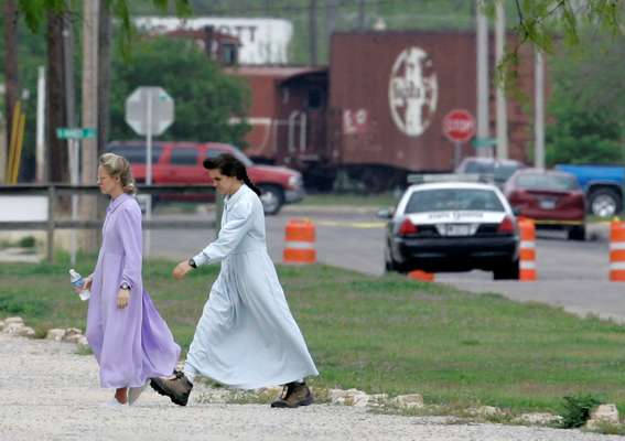 Texas officials on Wednesday movedto seize a 1,600-acre West Texas ranch where officials say jailed polygamist sect leader Warren Jeffs sexually assaulted children.