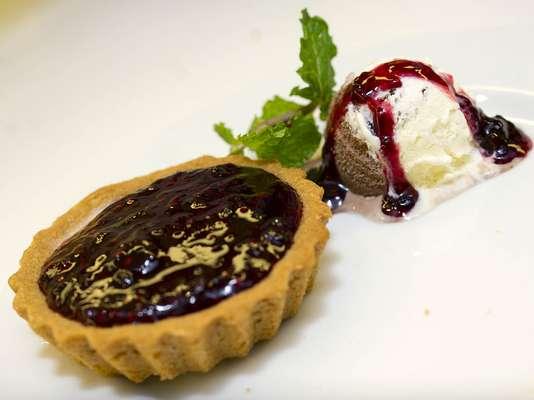 Cheesecake com sorvete Napolitano Especial da Kibon