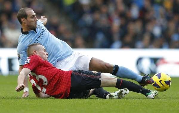 En el clásico de Manchester, El United se presentó en la cancha del City y lo derrotó 3-2.
