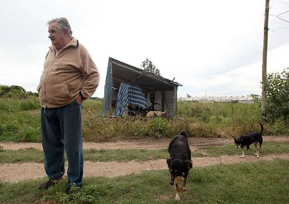 Former guerrilla member and now Uruguay president José Mujica sets an example for world leaders. He leaves austerely in a modest house outside of Montevideo without any assisting personnel.