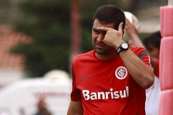 A principal surpresa desta terça-feira na Copa São Paulo foi e eliminação do Internacional. O time gaúcho foi surpreendido em Rio Claro e perdeu por 2 a 1 para o Velo Clube