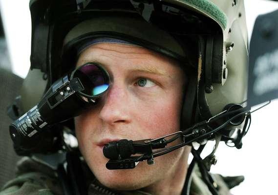 El príncipe Harry dijo que mató algunos talibanes durante las 20 semanas que pasó en Afganistán como piloto artillero de helicópteros Apache, según declaraciones divulgadas este lunes coincidiendo con el fin de su misión en ese convulso país centroasiático.