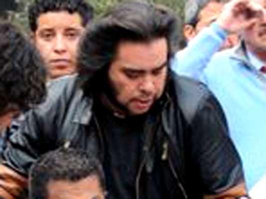 O incêndio na torre da Pemex, na Cidade do México, é assunto nas redes sociais com a fotografia de um 'Wolverine' se convertendo em viral nas redes