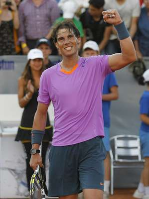 Spain's Rafael Nadal gestures after winning his match against Argentina's Federico Delbonis during their men's singles match at the Chilean Open tennis tournament in Vina del Mar city February 6, 2013.