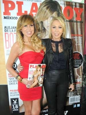 Laura Bozzo acompañó a su hija Aejandra a la presentación de la revista Playboy donde posa completamente desnuda.