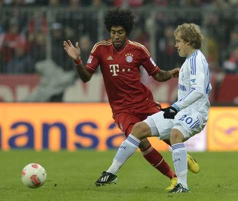 Con dos goles de David Alaba, Bayern Munich masacró 4-0 al schalcke 04, para seguir firme en el liderato de la Bundesliga.
