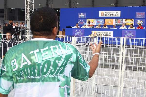 Integrante da Camisa Verde e Branco reclama de notas na apuração do Grupo de Acesso
