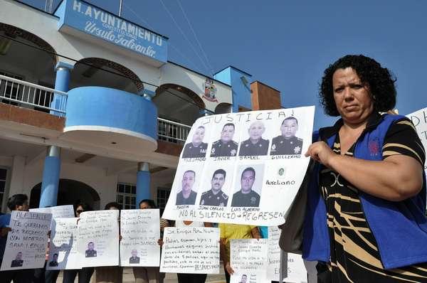 El Gobierno mexicano confirmó este jueves la existencia de una base de datos con los nombres de más de 27.000 desaparecidos a noviembre de 2012, cuando finalizó la Administración del conservador Felipe Calderón.
