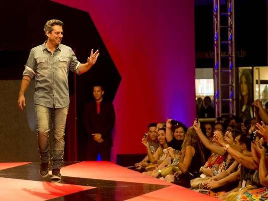 Alexandre Nero foi um dos destaques no Mega Polo Moda