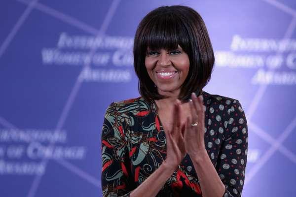 A primeira-dama dos EUA foi elogiada pela revista Times Style por usar a moda como uma ''força do bem''