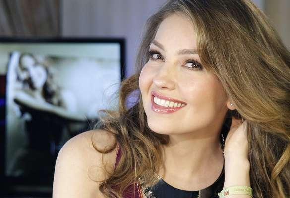 """Thalía, en plena sesión fotográfica a la vez que conversaba con la agencia EFE, para promocionar su nuevo álbum """"Habítame Siempre"""", aseguró que pese a ofrecer su lado más """"intenso"""" en su última producción discográfica, siempre será """"la hembra sandunguera""""."""