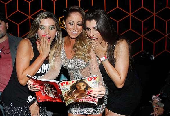 A panicat Carol Narizinho brilhou no lançamento da revista Playboy na noite desta quinta-feira (14), em São Paulo. Capa do mês de março, Narizinho exibiu boa forma com vestido transparente