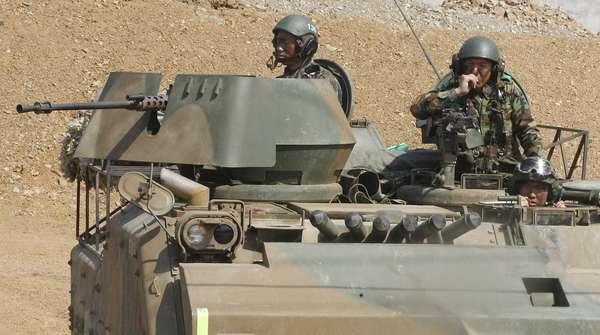27 de março - Em momento de tensão, Coreia do Sul realiza exercício militar preventivo para possíveis ataques do Norte