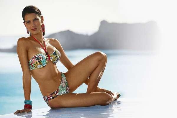 A top brasileira Raica Oliveira estrelou a campanha de primavera-verão da marca alemãHeine