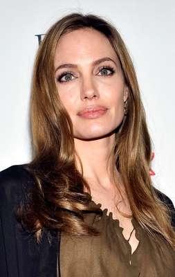 Angelina Jolie volvió a mostrarse en público después de un rato ausente.