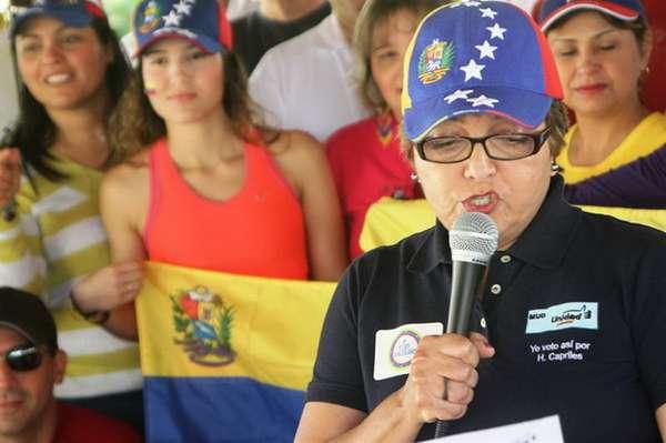 Para los venezolanos radicados en Houston, Estados Unidos que apoyan la candidatura de Henrique Capriles la campaña electoral para movilizar e informar a sus compatriotas sobre la logística de los comicios del próximo 14 de abril se ha convertido en una difícil carrera contra el tiempo.