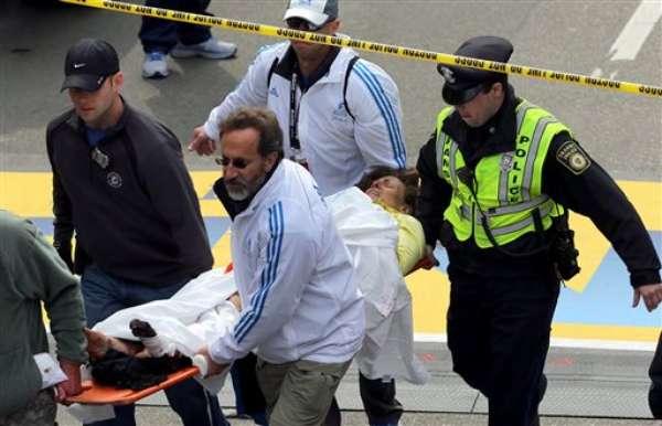 Luego de varios minutos de haber comenzado uno de los maratones más famosos del mundo en Boston, dos detonaciones causaron pánico en los presentes, quienes fueron testigos de un panorama donde los gritos y el dolor fueron constantes. Una tercera explosión, en la misma ciudad, cerró la serie de hechos que esta tarde conmovió a EE.UU. y llevó a las autoridades a redoblar la seguridad en el país.