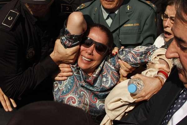"""La cantante Isabel Pantoja ha sido agredida e insultada a la salida de la lectura de la sentencia del caso """"Blanqueo"""""""