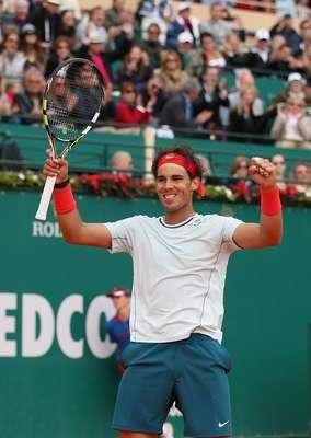 El español Rafael Nadal derrotó en semifinales del Master de Montecarlo al número uno francés Jo-Wilfried Tsonga, con parciales de 6-3 y 7-6 (7/3) y con ello avanzar a su novena final consecutiva, en donde no ha perdido una sola