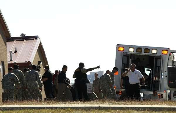El 5 de noviembre de 2009 una masacre sacudía a la base militar de Fort Hood, en las afueras de Killeen, Texas, una de las más pobladas del mundo. Un sujeto disparó a los soldados en el Soldier Readiness Center, matando a 13 personas e hiriendo a otras 32.