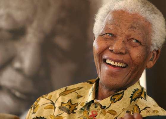 Durante las últimas semanas la salud del líder sudafricano, Nelson Mandela, se ha visto detoriorada, lo que ha puesto a miles de sudafricanos a orar por la vida de quien por años luchó en contra del racismo mundial. Terra recuerda las frases de Mandela que han inspirado a millones alrededor del mundo.