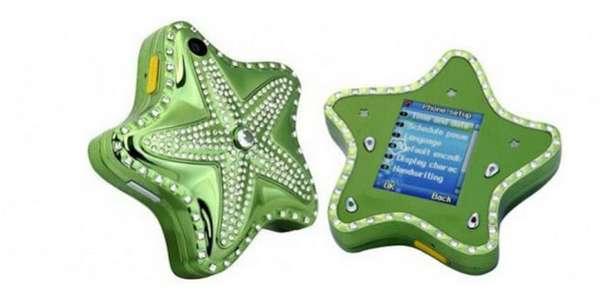 """Starfish Diamond. Un móvil con forma de estrella de mar e incrustaciones de diamantes sólo apto para """"sirenitas"""" del siglo XXI. Tiene una pantalla de 1.8 pulgadas, una tarjeta de memoria de 2GB, Bluetooth y cámara. Quizás no sea muy cómodo pero seguro que a más de una, eso le importa poco."""