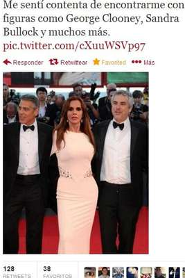 Lucía Méndez se volvió blanco de burlas y ataques por compartir dese su perfil una foto falsa en la que aparece entre George Clooney y Alfonso Cuarón. La actriz no pudo con las explicaciones y borró toda evidencia de la desafortunada cadena de 'tweets'.