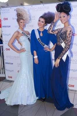 Desde su llegada a Moscú la impactante hermosura de Miss Puerto Rico, Monic Marie Pérez Díaz, ha dado de qué hablar. A sus 24 años de edad es una belleza latina con grandes cualidades y exquisitos atributos para lograr la corona de este 2013.