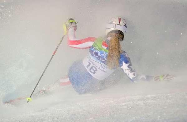 La bella esquiadora estadounidense Lindsey Vonn, que ya confirmó que no estará en Sochi, encabeza este listado con esta fuerte caída en la prueba de slalom en los Juegos de Vancouver 2010.